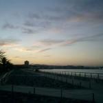 横須賀の海辺より