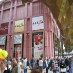 アレクサンダー広場の「アレクサ」がオープン