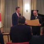 マルティン・レーアさんの授章式@日本大使館