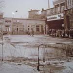 変貌するフリードリヒ・シュトラーセ駅周辺 - 壁建設の日に -