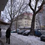 雪のモアビットを歩く